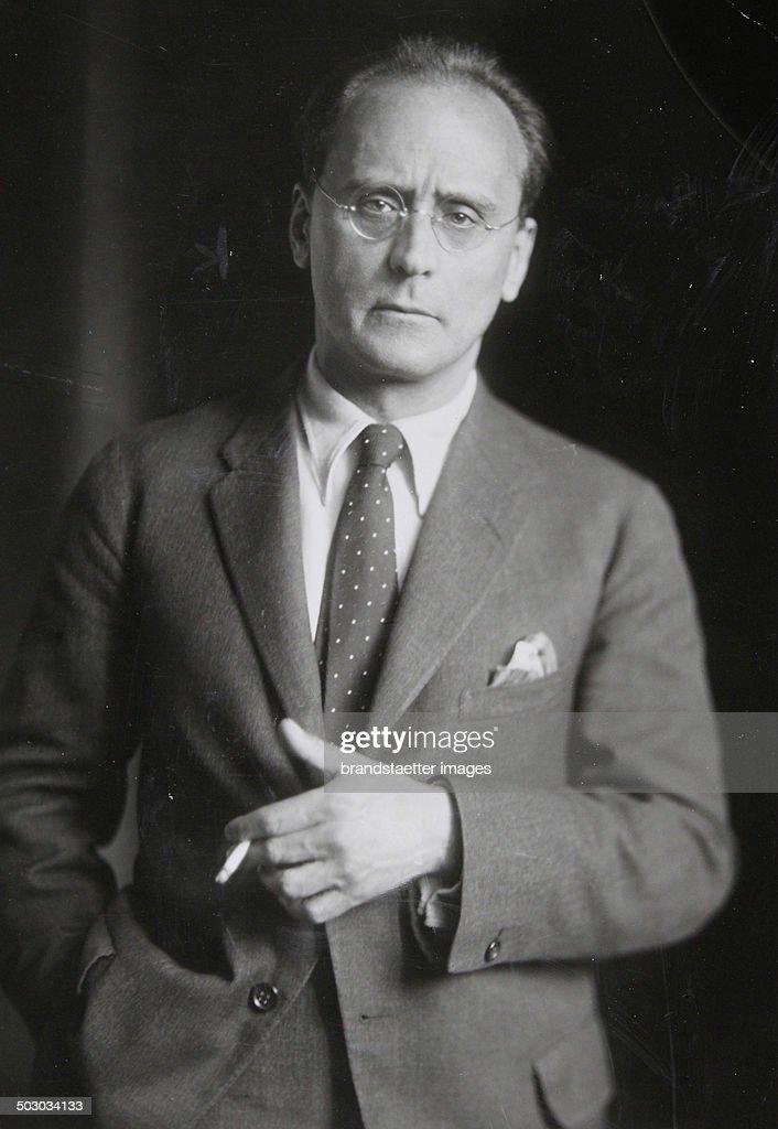 The Austrian Composer Anton Von Webern [18831945]. 1932. Photographie. : News Photo