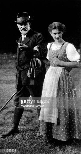 The Austrian neurologist and analyst Sigmund Freud taking a walk in Tyrol with his daughter Anna. Austria, 1913