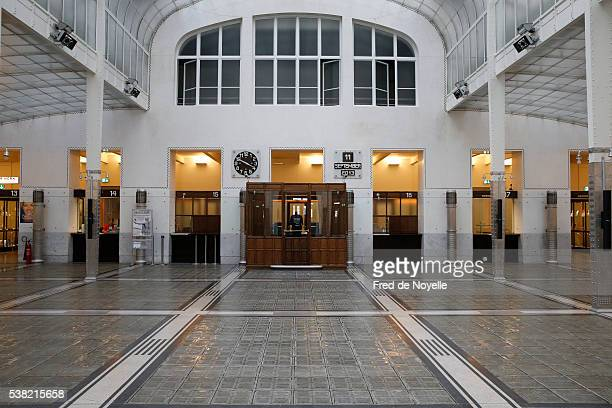the austrian postal savings bank building (german language: österreichische postsparkasse) is a famous modernist building in vienna, designed and built by the architect otto wagner. - austrian culture stock pictures, royalty-free photos & images