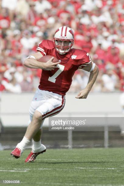 The Badgers quarterback John Stocco rushed for 20 yards and passed for 3 touchdowns before sitting down early as the Wisconsin Badgers defeated the...