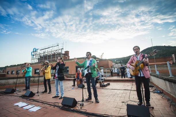ESP: Los Manolos Concert At Vall'Hebron Hospital