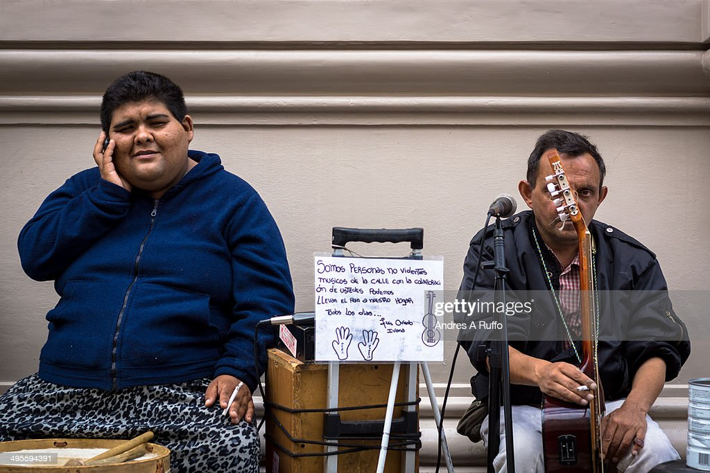 Two street musicians, Córdoba, Argentina : News Photo
