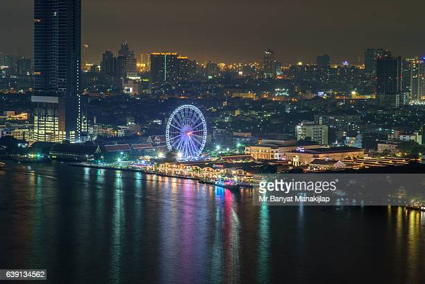 The Bangkok Ferris wheel at night