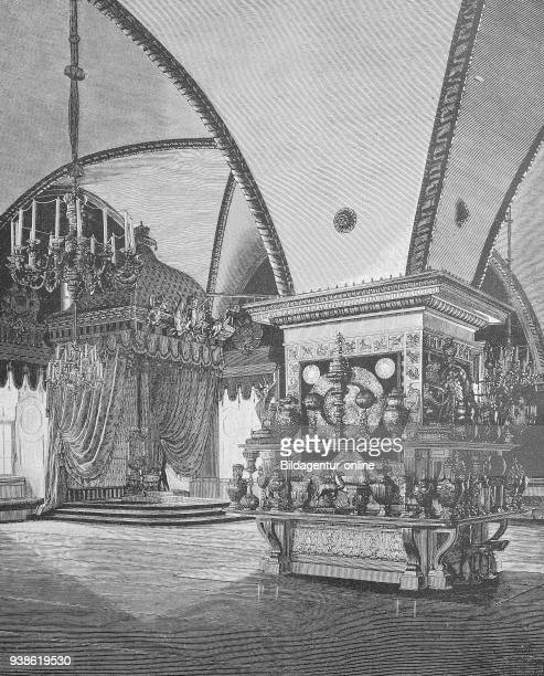 The banquet hall in the facet palace of the Kremlin in Moscow Russia Der Bankettsaal im Facettenpalast des Kreml in Moskau Russland woodcut from 1885...