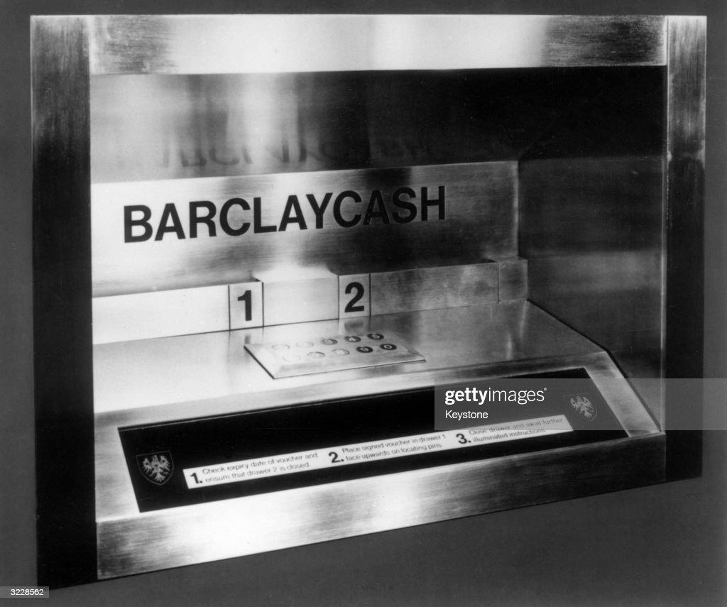 Barclaycash Machine : News Photo