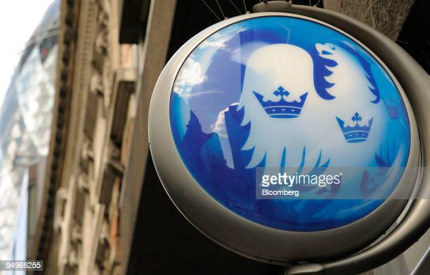 The Barclays logo is displayed at a branch in London UK on Friday July 31 2009 Barclays Plc the UKs secondbiggest bank said firsthalf earnings missed...