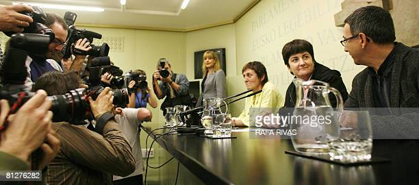 The Basque Lands' Communist Party EHAKPCTV parlamentarians Itziar Basterrika Nekane Erauskin and Julian Martinez address journalists at the Basque...
