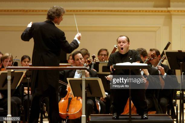 The bassbaritone Thomas Quasthoff performing Mozart's three concert areas with Franz WelserMost conducting the Cleveland Orchestra at Carnegie Hall...