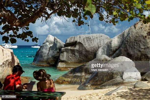 the baths national park, virgin gorda, british virgin islands - islas de virgin gorda fotografías e imágenes de stock