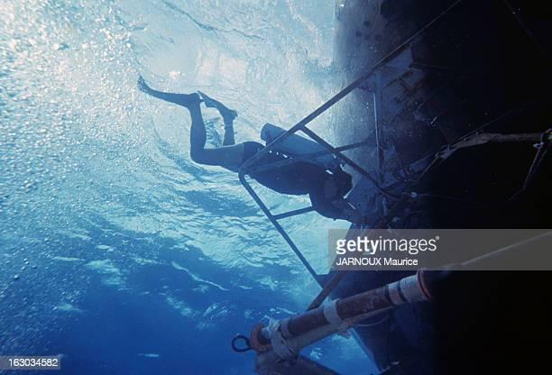 The Bathyscaphe Archimedes Fosse de Porto Rico mars 1965 L'expédition du bathyscaphe de la marine française 'Archimede' dans les plus profondes...
