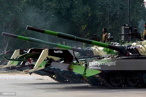 the battle tanks ! - republic day stock pictures, royalty-free photos & images