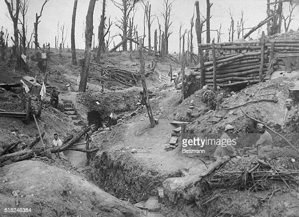 The battlefield in the Somme The conditions in who France's heroes have to fight and live Their heroism their patience are not spasmodic constant and...