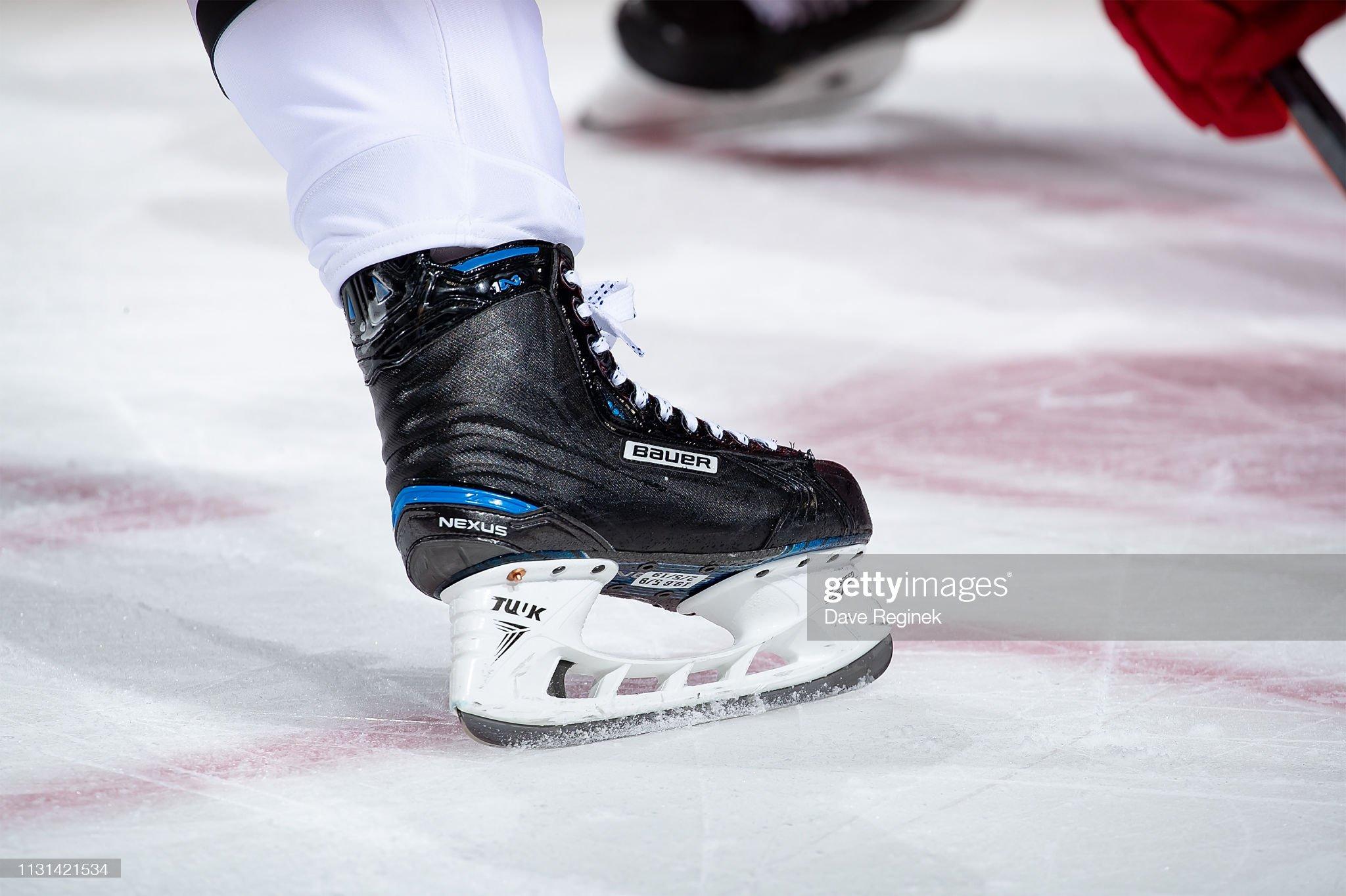 the-bauer-nexus-skates-of-jonathan-toews