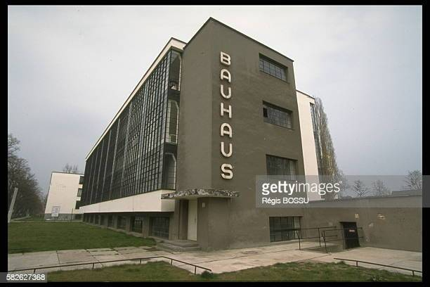 The Bauhaus school thanks to Walter Gropius was abandoned by the Nazis in 1932 for Berlin