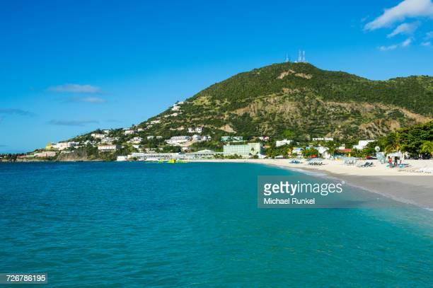 the bay of philipsburg, sint maarten, west indies, caribbean, central america - philipsburg sint maarten stockfoto's en -beelden