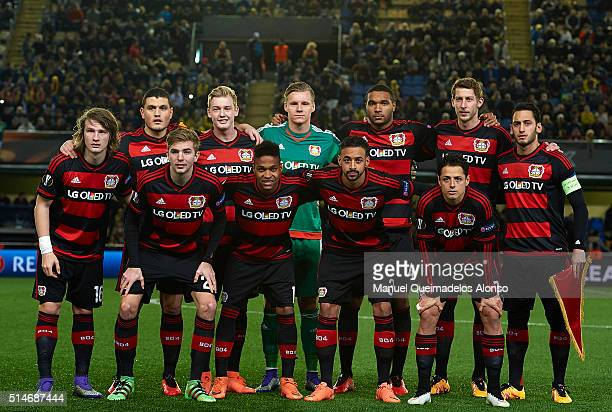 The Bayer Leverkusen team pose during the UEFA Europa League Round of 16 first leg match between Villarreal and Bayer Leverkusen at El Madrigal...