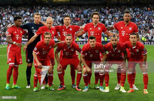 The Bayern Muenchen team line up prior to the UEFA Champions League Quarter Final second leg match between Real Madrid CF and FC Bayern Muenchen at...