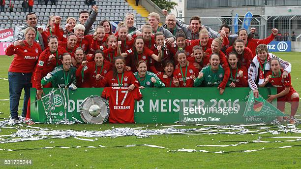 The Bayern Muenchen women team celebrates their German Championship title after the women Bundesliga match between FC Bayern Muenchen and 1899...