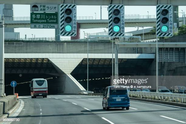 the bayshore route of shuto expressway - utc−10:00 stock pictures, royalty-free photos & images