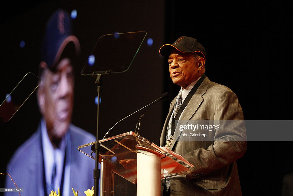 The Beacon of Life award winner Willie Mays speaks during the MLB Beacon Awards Luncheon on Saturday, May 15, 2010, at the Duke Energy Center in Cincinnati, Ohio.