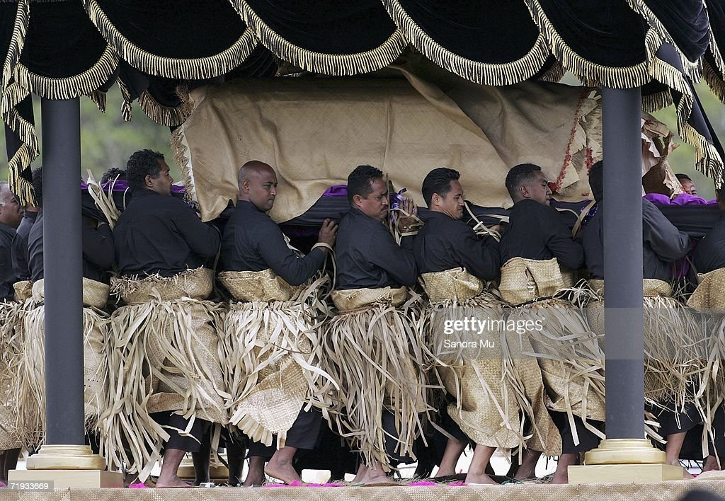 19: The bearer party lift the Royal casket to then carry the Late King Tuafa'ahau Tupou IV to the tomb at the State Funeral For King Taufa'ahau Tupou IV of Tonga at his chielfy burial ground on September 19, 2006 in Nuku'alofa, Tonga. King Taufa'ahau Tupou IV died on September 10, 2006 after a long illness. He was 88 and had been ruler of Tonga since the death of his mother in 1965. Crown Prince Tupouto'a has taken over the king's duties.