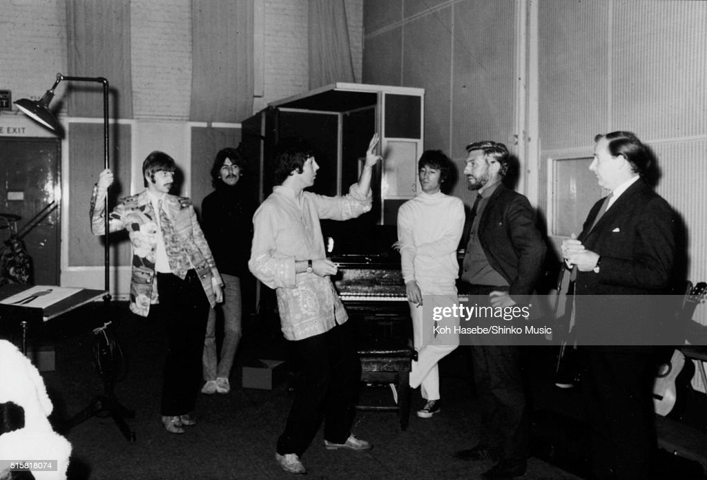 Beatles Recording At EMI Studios Abbey Road : News Photo