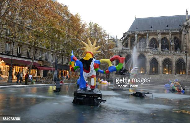 The Beaubourg area in Paris The Stravinsky Fountain created by sculptors Jean Tinguely and Niki de Saint Phalle near the Centre Georges Pompidou...