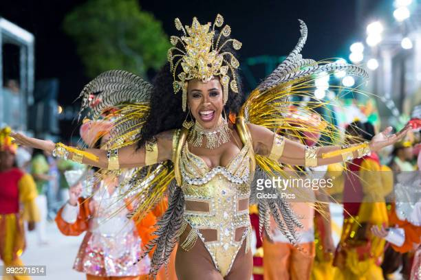 the beauty and passion of the brazilian samba - brazilian carnival stock pictures, royalty-free photos & images