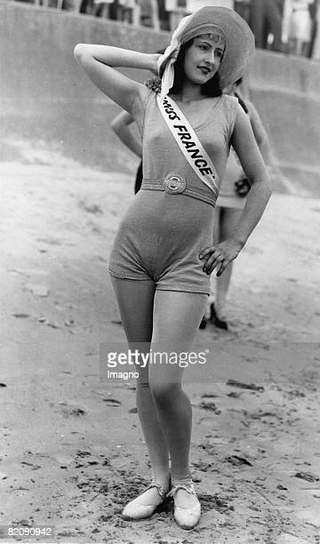 The beautyful Miss France Raymonde Allaine won the second price at the international beauty pageant in Galveston Photograph America Around 1920 [Die...
