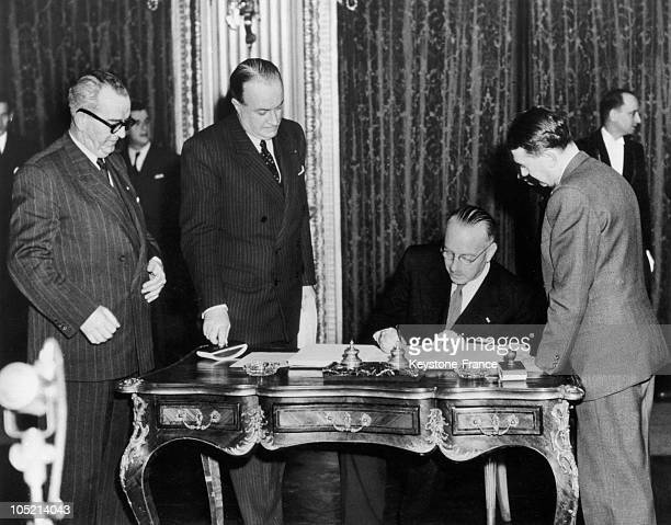 The Belgian Foreign Minister Paul Van Zeeland Sign The Treaty Of The Schuman Plan To The Ministry Of Foreign Affairs At The Quai D'Orsay In Paris...