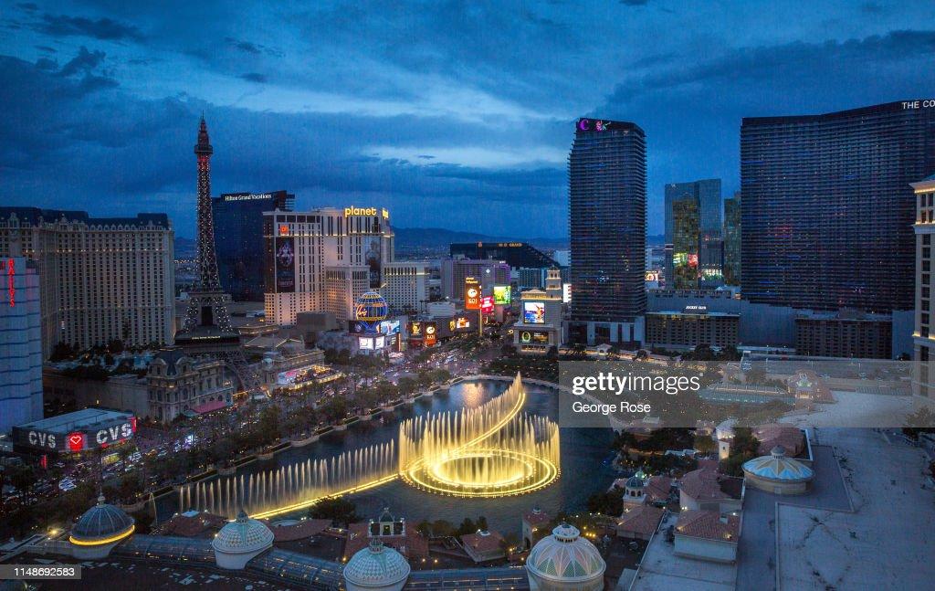 Exploring The Las Vegas Strip : News Photo