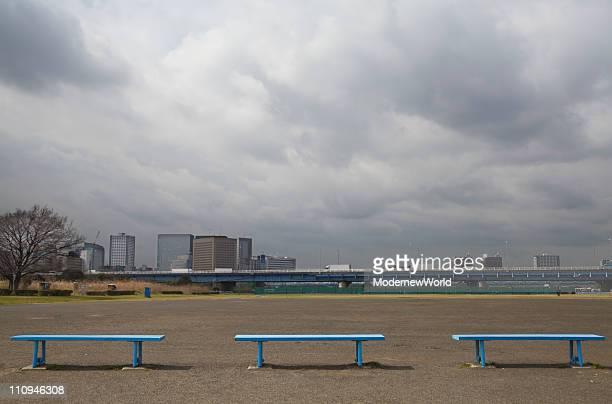 the bench at baseball field - 野球場 ストックフォトと画像