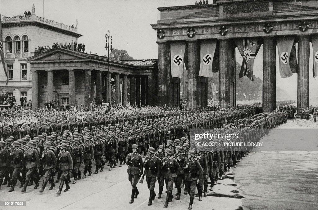 Berlin division parading, Berlin : News Photo