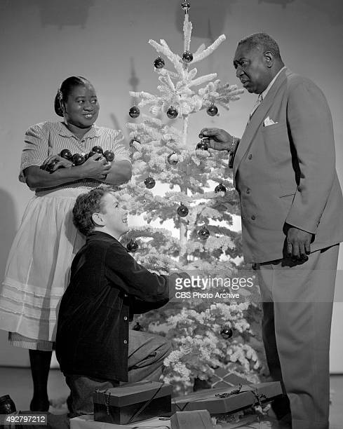 The Beulah Show CBS radio program features Hattie McDaniel Ernie 'Bubbles' Whitman and young Henry Blair Here they take time to prepare for Hollywood...