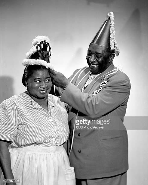 The Beulah Show CBS radio program features Hattie McDaniel Ernie 'Bubbles' Whitman Here they take time to prepare for Hollywood CA November 28 1947