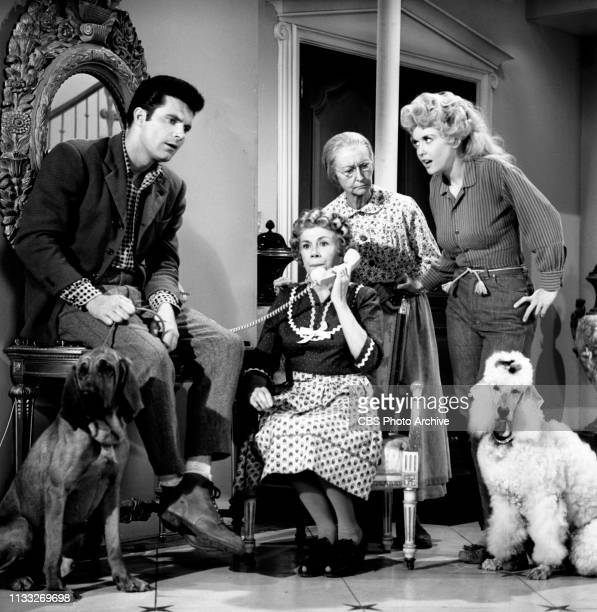 The Beverly Hillbillies a CBS television situation comedy Episode Duke Steals a Wife Pictured from left is Max Baer Jr Bea Benaderet Irene Ryan Donna...