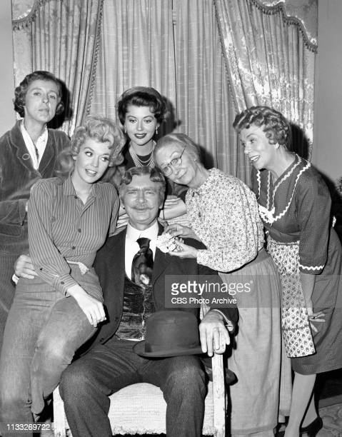 The Beverly Hillbillies a CBS television situation comedy Episode Duke Steals a Wife Pictured is Buddy Ebsen seated in center Surrounding him the...