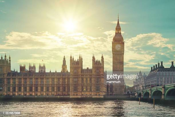 the big ben in london - government building stock pictures, royalty-free photos & images