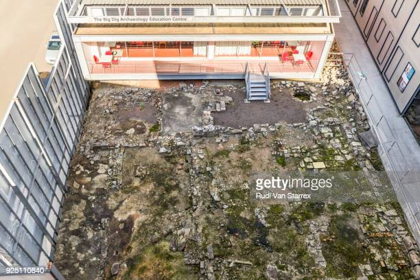 The Big Dig Site, The Rocks