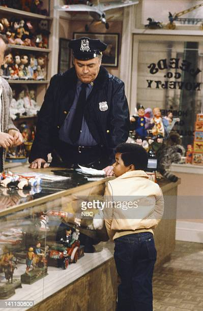 RENT STROKES 'The Big Heist' Episode 5 Pictured John Brandon as Police Officer Gary Coleman as Arnold Jackson Photo by Frank Carroll/NBC/NBCU Photo...