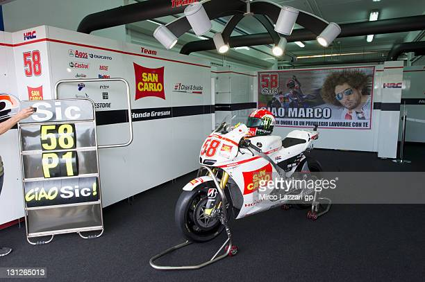 The bike of Marco Simoncelli of Italy and San Carlo Honda Gresini is parked in box during the MotoGP of Valencia at Ricardo Tormo Circuit on November...