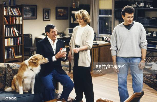 """The Billionaire"""" Episode 17 -- Pictured: Maui as Murray the dog, Jerry Lewis as Freddy Statler, Paul Reiser as Paul Buchman, Helen Hunt as Jamie..."""