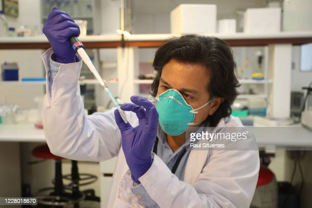 The biomedical researcher and head of the neurobiology laboratory doctor Edward Malaga Trillo works on the development of the rapid molecular test...