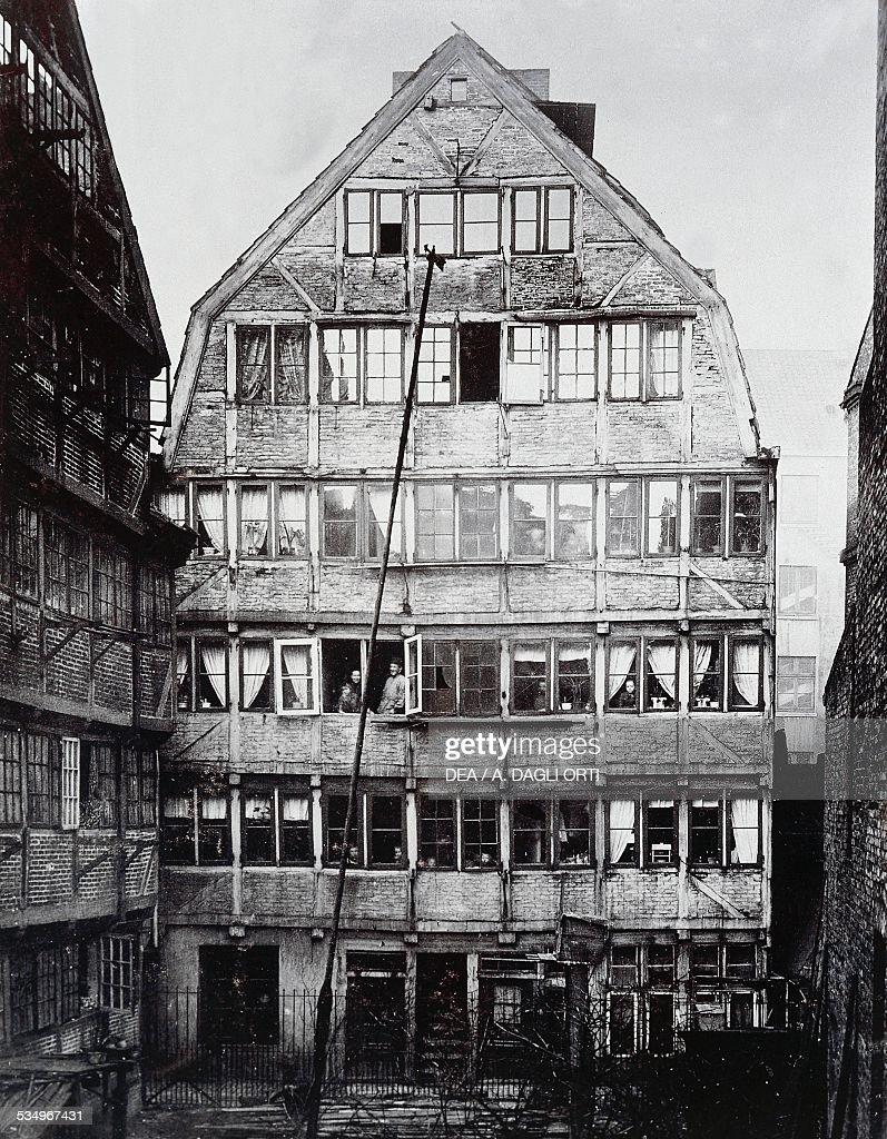 Der Stadt Hamburg the birthplace of german composer johannes brahms pictures getty