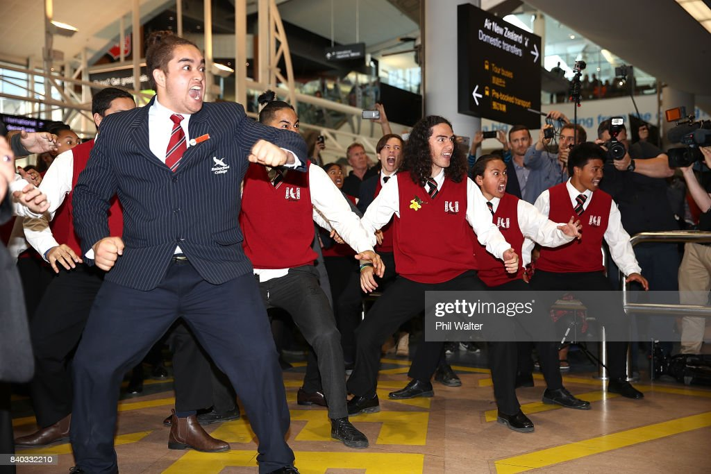 The Black Ferns are welcomed with a haka as they arrive at Auckland International Airport on August 29, 2017 in Auckland, New Zealand. New Zealand won the 2017 Women's Rugby World Cup by defeating England in the Final in Belfast.