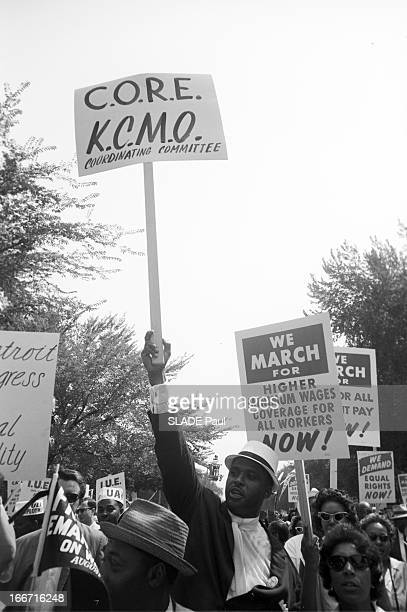 The Black March In Washington For Jobs And Freedom Le 28 août 1963 à Washington la 'Marche des noirs' pour les droits civiques dans le cortège des...