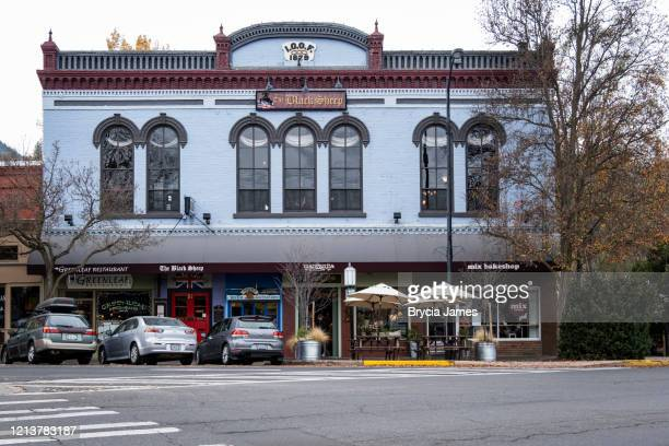 the black sheep in downtown ashland oregon - brycia james stock pictures, royalty-free photos & images