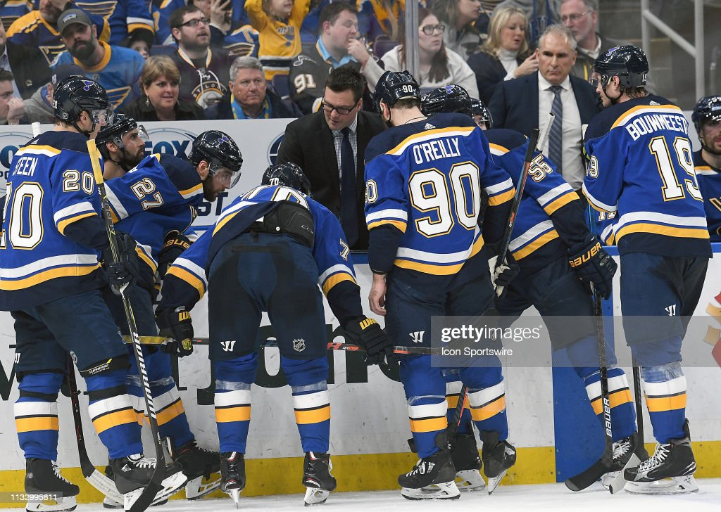 NHL: MAR 25 Golden Knights at Blues : News Photo
