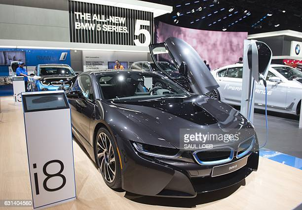The BMW i8 is seen during the 2017 North American International Auto Show in Detroit Michigan January 10 2017 / AFP / SAUL LOEB