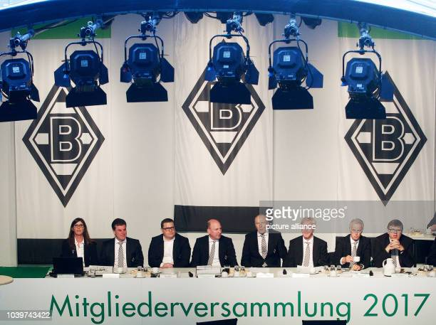 The board of the German Bundesliga team Borussia Moenchengladbach Gabriele Onkelbach assistant of the management board headcoach Dieter Hecking...